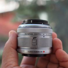Olympus Zuiko Digital 14-42mm 1:3.5-5.6 II R - Obiectiv DSLR