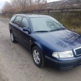 Skoda Octavia 1.6, Climatronic, EURO4, import recent, An Fabricatie: 2001, Benzina, 200275 km, 1598 cmc