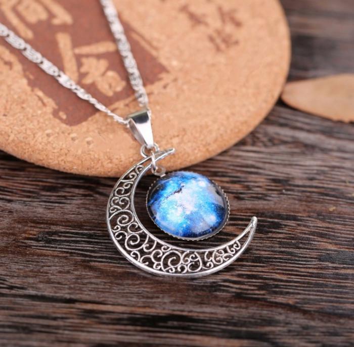 Colier Lantisor Pandantiv Medalion cu in forma de luna galaxie soare