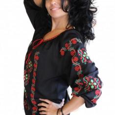 Bluza dama tip ie, brodata cu motive traditionale IE04N, Marime: S/M, L/XL, Culoare: Negru, Maneca 3/4, Voal