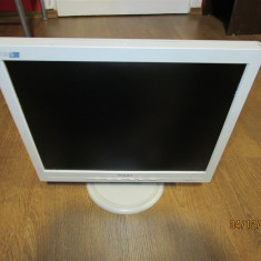 Monitor LCD Philips 15