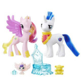 My Little Pony Printesa Cadance si Shining Armor Momente in familie B9848 Hasbro