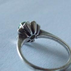 Inel argint cu zirconiu verde -2499