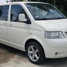 Inchirieri auto - rent a car VW Caravelle