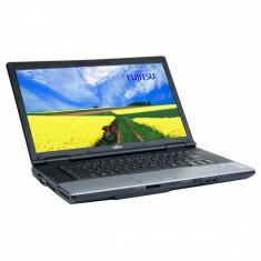 Fujitsu Lifebook E752 15.6 inch LED backlit Intel Core i3-3110M 2.40 GHz 4 GB DDR 3 SODIMM 320 GB HDD DVD-RW Windows 10 Home - Laptop Fujitsu-Siemens