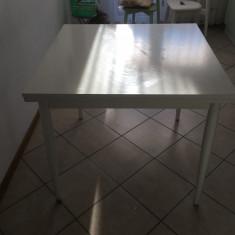 Mașă extensibilă de bucătărie - Masa bucatarie