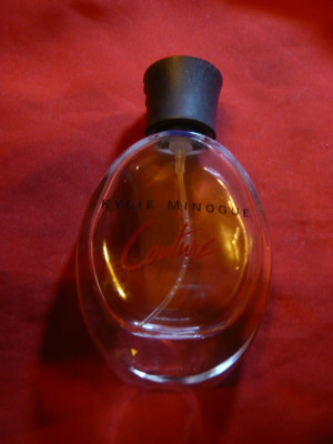 Sticluta pt.parfum  Kylie Minogue -Couture-firma Coty Paris- fabr.Spania,h=10 cm foto