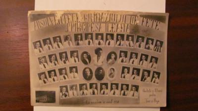 PVM - Fotografie foto Absolventele Gimnaziului Fete Principesa Ileana Turda 1940 foto