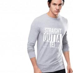 Bluza barbati gri cu text alb - Straight Outta Tei, Marime: S, M, L, XL
