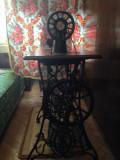 Mașină de cusut SINGER