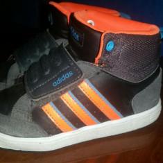Vand adidasi Adidas - Adidasi copii, Marime: 25, Culoare: Din imagine