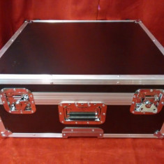 Vand case pentru acordeon Roland fr7 si fr7x impecabil .