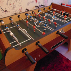 Masa Foosball. Soccer Table San Siro, Gamesson