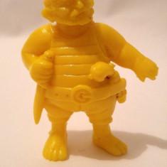 Figurina pirat plastic galben, 6cm