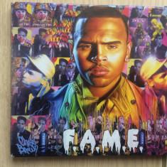Chris brown f.a.m.e. cd disc muzica pop rap rnb mapa foto texte editie vest 2011
