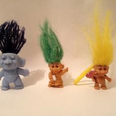 Lot 3 figurine troli (pitici) mici: 2cm si 3cm - Figurina Desene animate