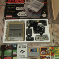 Vand consola SUPER NINTENDO, SNES, set cutie, 2 manete, joc super mario, colectie - Consola Nintendo