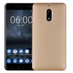 Capac de protectie Carbon Fiber pentru Nokia 6, auriu