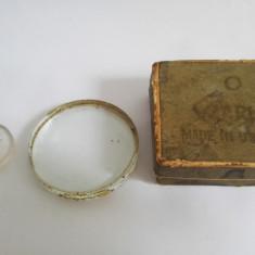 Lupa veche ruseasca D=5cm, in cutia originala + lupa mica D=2, 5cm, optica