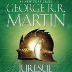 GEORGE R.R. MARTIN- URZEALA TRONURILOR  Vol. 1+2, Absolut Noua