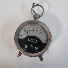 Voltmetru vechi