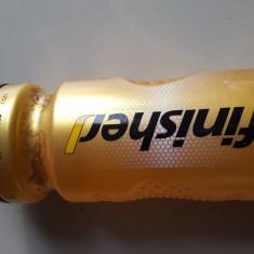 Bidon apa sau energizante Isostar Finisher - 750 ml - Costum Inot