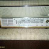 Radio vechi cu lampi grundig