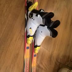 Schiuri + clapari - Set ski Dynastar