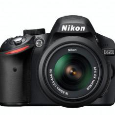 Nikon D3200 - Nikkor 18-55mm / Nikkor 1.8 55mm / Tamron 70-300mm - Aparat foto DSLR
