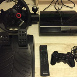 Consola Playstation 3  +Volan Logitech Force GT +Camera +Telecomanda +20 Jocuri