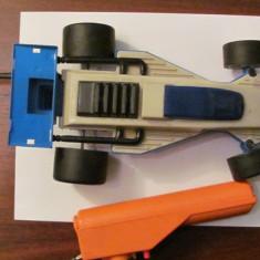 PVM - Masinuta masina plastic Formula 1 cu telecomanda fabricata in URSS Rusia