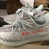 ORIGINAL Yeezy Boost 350 V2 Blue Tint/Grey three/Hi-Res Red, 42 2/3, Multicolor, Adidas