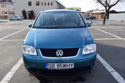 Volkswagen Touran 2.0TDI 140cai 2004 foto