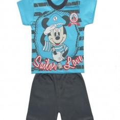 Costum sport turcoaz cu Mickey Mouse COD HBT35
