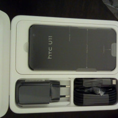 Vand HTC U11, nou - Telefon HTC, Negru, 64GB, Neblocat, Single SIM, Octa core