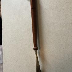 Incaltator, lingura de pantofi veche, englezeasca, din bronz - Metal/Fonta