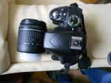 Nikon D3300 + obiectiv 18-55+incarcator si geanta 20519 CADRE