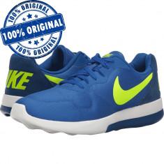 Pantofi sport Nike MD Runner 2 pentru barbati - adidasi originali