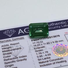 Safir 17.70ct verde natural cu certificat