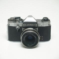 Praktica Nova + 50mm f2.8
