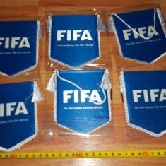 Fanion mic FIFA - Fanion fotbal