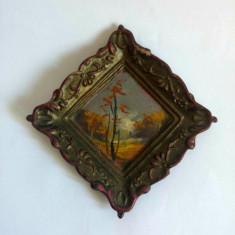 Tabolu pentru casa papusii, 7x7cm, ceramica pictata (peisaj de toamna)