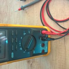 Fluke 85 Multimeter - Multimetre