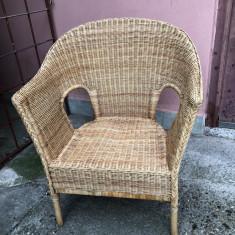 Scaun vechi, fotoliu, german, din lemn de ratan