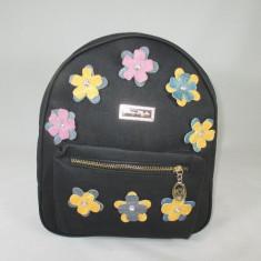 Rucsac/ghiozdan negru cu floricele+CADOU, Textil