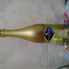 Vand Sampanie Blue Nun foita Aur 22K - Vin spumant