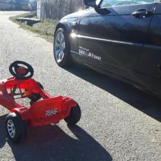 Masinuta cu pedale copii