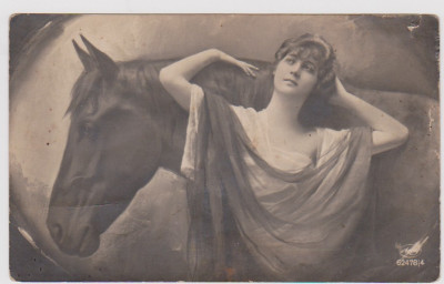 CARTE POSTALA-FEMEIE SI CAL 1923 foto
