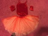 Costum balet rosu cu alb din catifea pt fetita de 5-6 ani