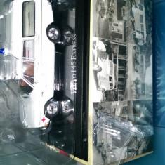 Se vinde macheta Volvo 145 express Ambulanta